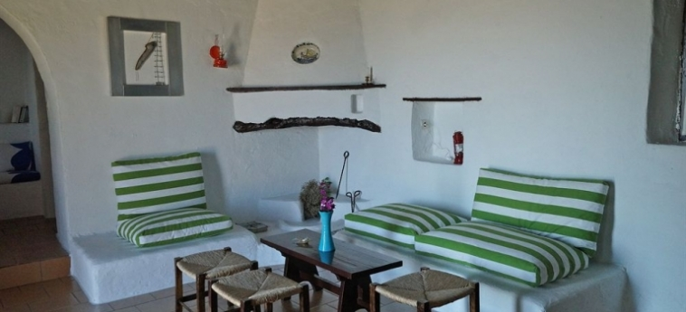 Hotel Koutsounari Traditional Cottages: Basketballarena KRETA