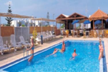 Hotel Triton: Außenschwimmbad KRETA