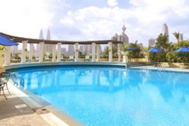 Sunway Putra Hotel, Kuala Lumpur: Swimming Pool KUALA LUMPUR