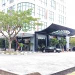 ROXY HOTEL AND APARTMENTS 3 Stars