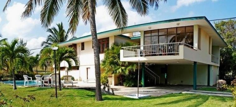 Hotel Villa Los Pinos: Facciata L'AVANA