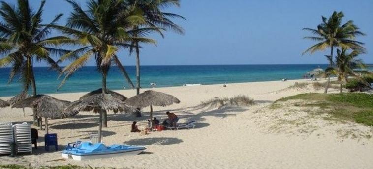 Hotel Villa Los Pinos: Spiaggia L'AVANA