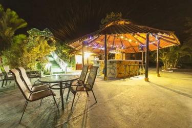 Hotel Green Lagoon Falls Park Lodge: Bar LA FORTUNA - ALAJUELA