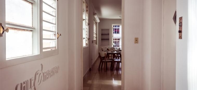 Hotel Chile Habanero: Interior del hotel LA HABANA