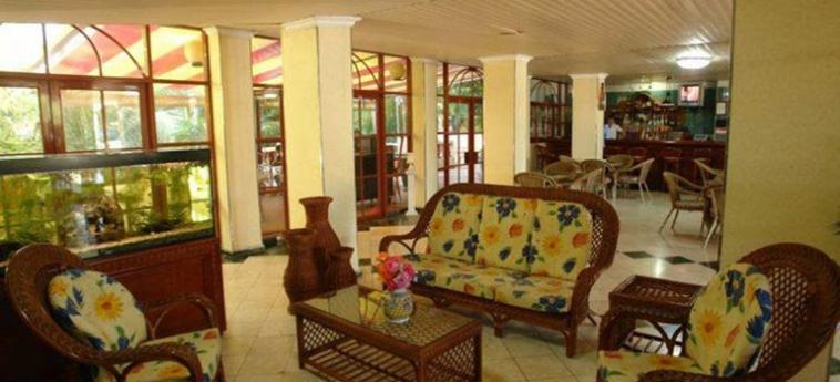 Hotel El Bosque: Salotto LA HAVANE