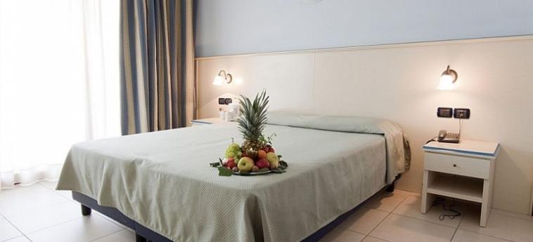 Hotel Lovere Resort & Spa: Entrée LAC D' ISEO