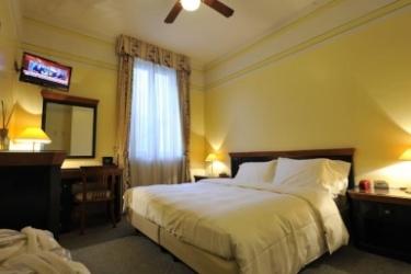 Hotel Villa Kinzica: Chambre Double LAC D' ISEO