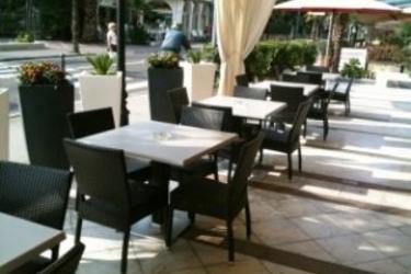 Hotel La Perla: Parking LAC DE GARDE