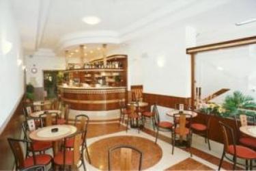 Hotel Primo: Cour de Recreation LAC DE GARDE