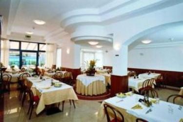 Hotel Primo: Extérieur LAC DE GARDE