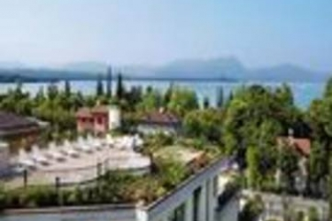 Admiral Hotel Villa Erme: Extérieur LAC DE GARDE