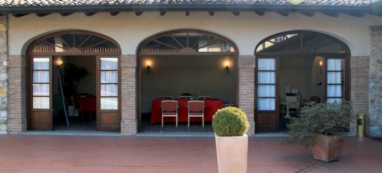 Hotel Relais Franciacorta: Ingresso LAGO D' ISEO