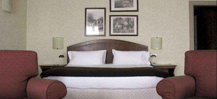 Hotel Relais Franciacorta: Internet Point LAGO D' ISEO