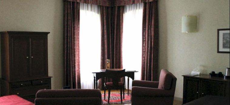 Hotel Relais Franciacorta: Living Room LAGO D' ISEO