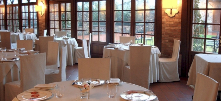 Hotel Relais Franciacorta: Parcheggio LAGO D' ISEO