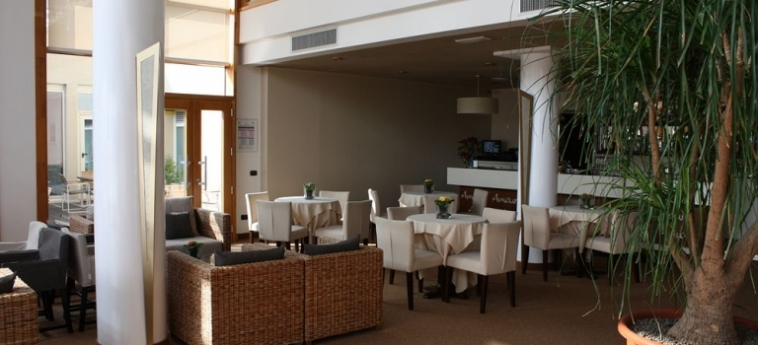 Cocca Hotel Royal Thai Spa: Lobby LAGO DE ISEO