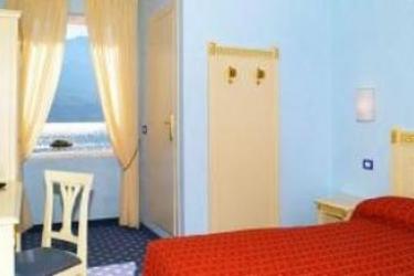 Hotel Villa Romantica: Pineta LAGO DI GARDA