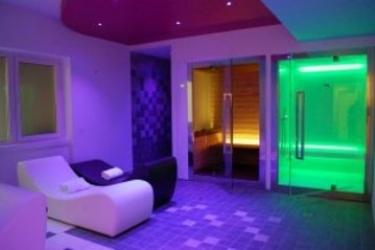 Hotel Villa Madrina: Particolare dell'Hotel LAGO DI GARDA