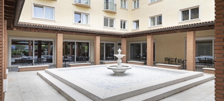 B&b Hotel Affi - Lago Di Garda: Dettagli Strutturali LAGO DI GARDA