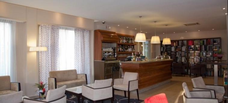 Hotel Mauro: Lounge Bar LAGO DI GARDA