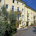 Aparthotel Englovacanze