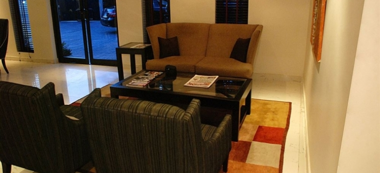 S&s Hotels And Suites: Internet Point LAGOS