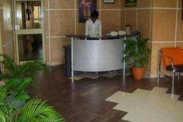 Hotel Travelodge Ikeja: Lobby LAGOS