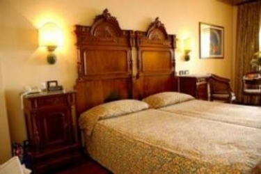 Hotel Villa Madrina: Twin Room LAKE GARDA