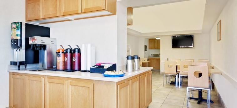 Hotel Knights Inn Page Az: Zona de desayuno LAKE POWELL (AZ)