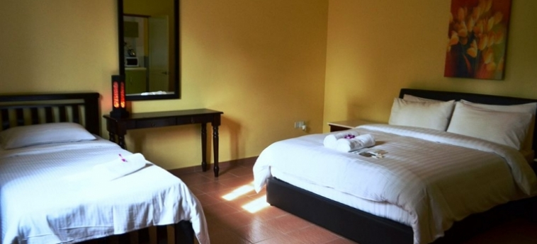 Hotel The Ocean Residence: Chambre Triple LANGKAWI