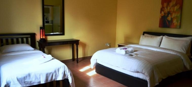 Hotel The Ocean Residence: Dreibettzimmer LANGKAWI