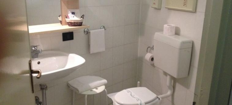 Hotel Moderno: Camera Deluxe LECCO