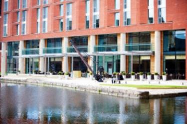 Hotel Doubletree By Hilton Leeds City Centre: Véranda LEEDS