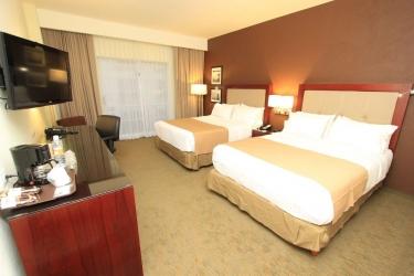 Hotel Holiday Inn Leon: Birthday Party Area LEON