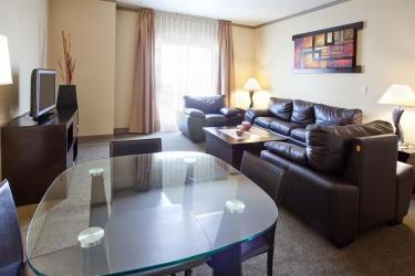 Hotel Holiday Inn Leon: Guestroom LEON