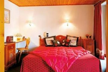 Hotel Auberge Le Beau Site: Income LES HOUCHES