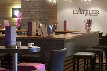 Hotel Chalet Du Mont Vallon Spa Resort: Bar LES MENUIRES