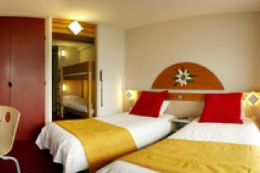 Club Hotel Du Soleil Pierre Blanche: Chambre jumeau LES MENUIRES