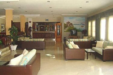 Hotel Eftalou: Hall LESBOS