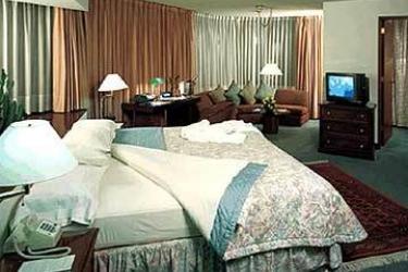 Thunderbird Hotels Principal: Guest Room LIMA
