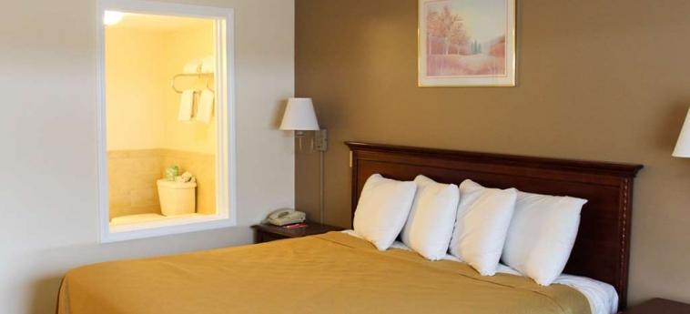 Hotel Econo Lodge Inn & Suites: Chanbre LINCOLN (NH)