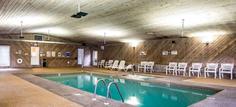 Hotel Econo Lodge Inn & Suites: Piscine chauffée LINCOLN (NH)