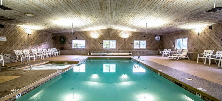 Hotel Econo Lodge Inn & Suites: Swimming Pool LINCOLN (NH)
