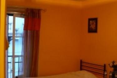 Hotel Residencia Oliveira: Apartment LISBON