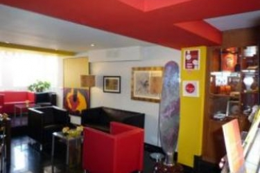 Hotel Solar Dos Mouros: Folk LISBON