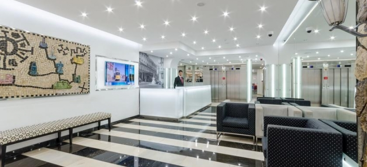 Hotel Borges Chiado: Reception LISBON