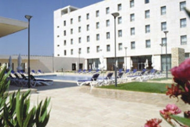 Hotel Vip Executive Santa Iria: Swimming Pool LISBON
