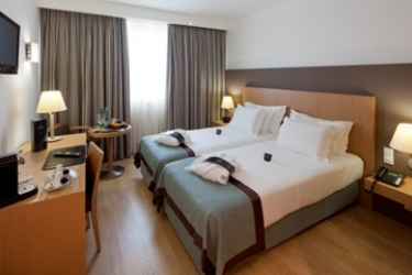 Mercure Lisboa Almada Hotel: Chambre jumeau LISBONNE