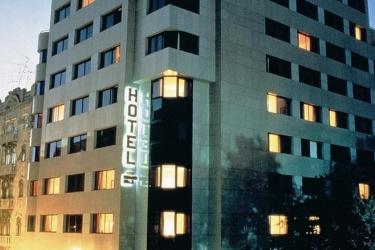 Hotel Real Parque: Außen LISSABON
