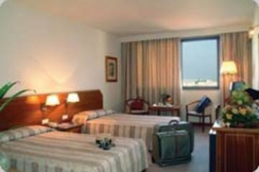 Hotel Real Parque: Schlafzimmer LISSABON